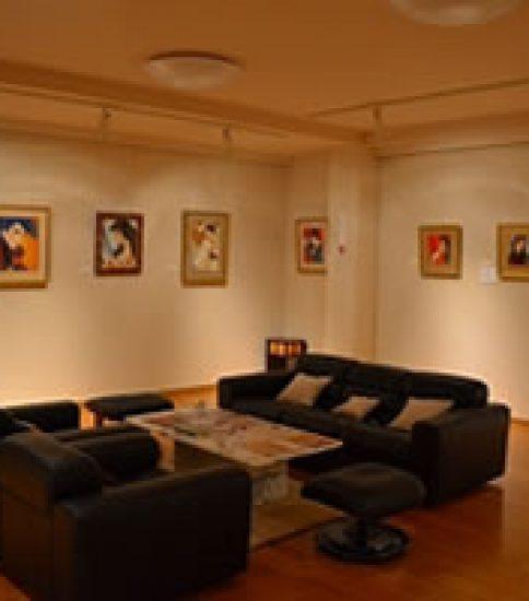 挿絵で一世を風靡した岩田専太郎の美術館「金土日館」