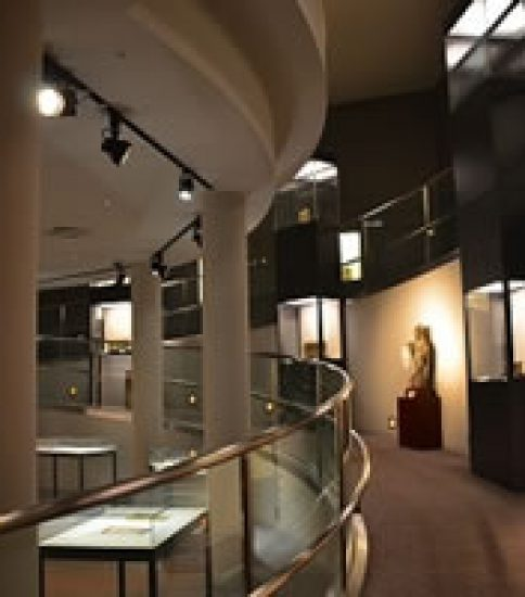 石洞美術館の館蔵仏教美術で辿る『仏教の来た道』